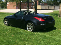 2008 Nissan 350Z Roadster Convertible - low Km's