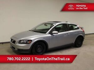 2007 Volvo C30 T5; 6 SPEED MANUAL, LEATHER, SUNROOF, WINTER TIRE