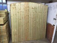 🌟 Top Notch Heavy Duty Bow Top Wood Fence Panels