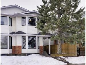 sophisticated 1,206 sq ft contemporary home in inner city YYC