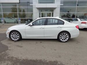 2017 BMW 320i i xDrive, Nav, Sunroof, Heated Leather Seats