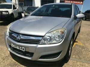 2007 Holden Astra AH MY08 CD Silver 5 Speed Manual Hatchback