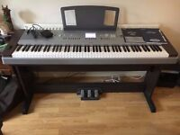 Yamaha DGX-640 Digital Grand Piano, Nearly New
