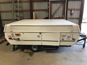 1997 Coleman Fleetwood Taos Pop-up Trailer