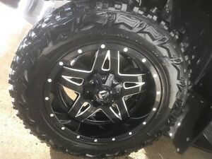 20 x 10 fuel full blown with ultra trac grip mt