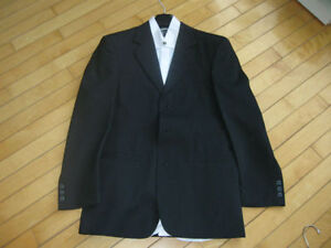 Size small suit used once for graduation