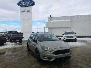 2016 Ford Focus SE, ONE OWNER, NO ACCIDENTS, HEATED SEATS AND ST