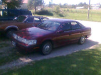 1990 mercury sable only 41,000 kms, new tires! $2900 as is