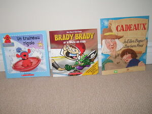 3 Assorted Kid's French Books (Like New to New condition)