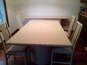 Dining Room & Buffett Table with 4 chairs