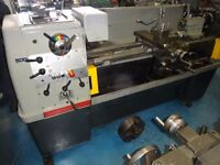 COLCHESTER TRIUMPH 2000 GAP BED CENTRE LATHE 50 INCH EX SCHOOL MACHINE