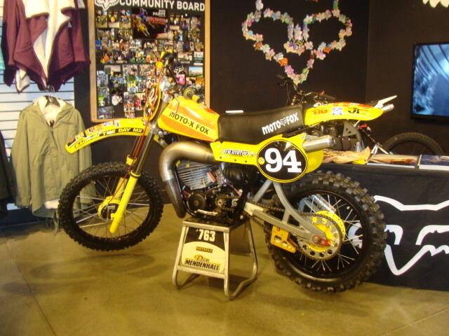 THE RETRO RACER