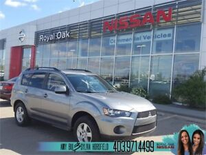 2013 Mitsubishi Outlander ES **Heated Seats and Remote Starter**