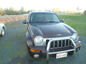 2004 Jeep Liberty Black cloth SUV, Crossover
