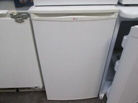 ***BARGAIN*LEC UNDERCOUNTER FRIDGE FREEZER+GOOD WORKING+FREE DELIVERY+VERY CLEAN+1 MONTH WARRANTY