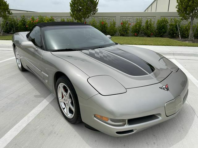 2002 PEWTER MATALIC Chevrolet Corvette Convertible    C5 Corvette Photo 2