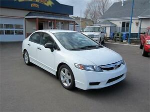 HONDA CIVIC LX 2011  FULL ÉQUIPE * AUTOMATIQUE * 106 000 KM !!!