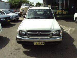 2003 Toyota Hilux RZN149R White 5 Speed Manual Dual Cab Pick-up Punchbowl Canterbury Area Preview