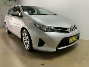 2015 Toyota Corolla ZRE182R Ascent Silver 7 Speed CVT Auto Sequential Hatchback Phillip Woden Valley Preview