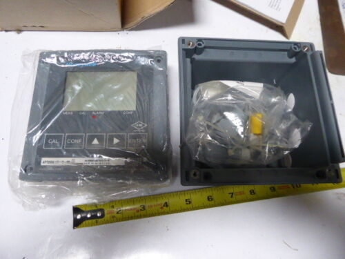Honeywell APT2000-CC-0-00 Conductivity Transmitter New