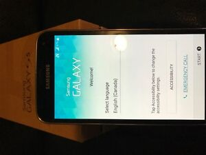 Samsung S5 Unlocked - Excellent Condition + 64gbMicro SD West Island Greater Montréal image 1