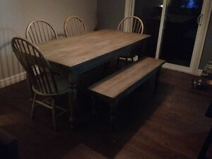 Solid Wood Rustic Farmhouse Table with Bench and 4 Chairs