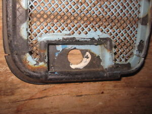 Volkswagen bus front grill assembly w/ screens. Peterborough Peterborough Area image 5