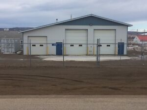 3 Bay Shop for Lease