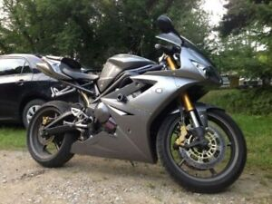 2006 Triumph Daytona 675 - Priced for Quick Sell