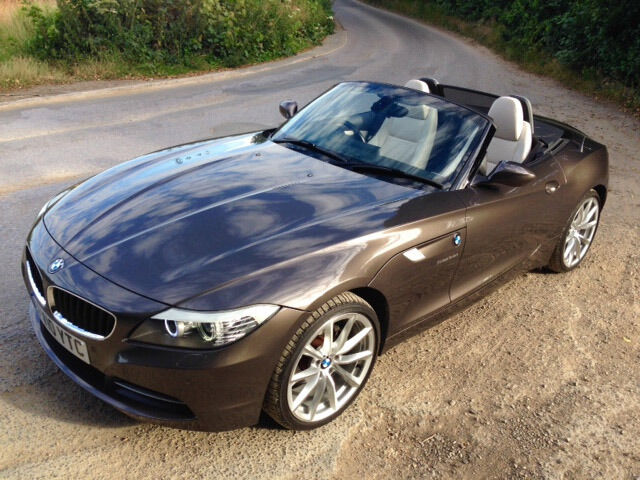 bmw z4 2 5 sdrive 23i 2010 havana brown w cream leather. Black Bedroom Furniture Sets. Home Design Ideas