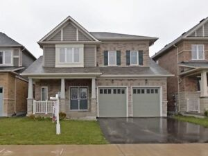 4 Bedroom detached house@ Simcoe/Conlin available ASAP!
