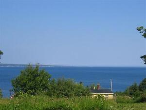 Oceanview lot less than 3 minutes from Carters Beach!