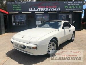 1982 Porsche 944 White 3 Speed Automatic Coupe Barrack Heights Shellharbour Area Preview