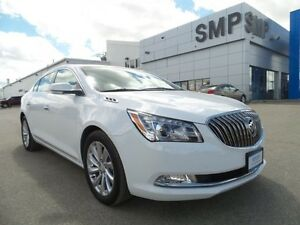 2016 Buick LaCrosse Leather, Nav, power seat, sunroof, back up c