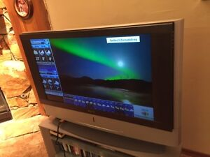 "Sony 42"" TV (PRICE REDUCED)"
