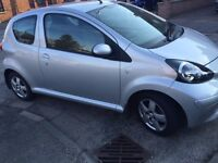 ((AUTOMATIC))TOYOTA AYGO 1.0[56 PLATE]ONLY ((27000 MILES)) FSH/LONG MOT+LIKE BRAND NEW