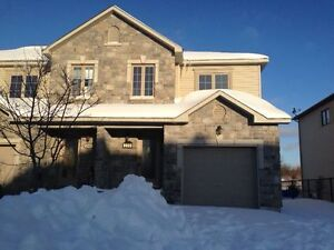 BEAUTIFUL HOUSE FOR RENT 10MINS FROM OTTAWA