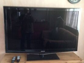 """SAMSUNG 55"""" LCD Display - Excellent Condition + Remote + Stand"""