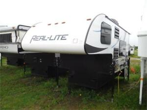 2017 Palomino Real Lite HS1804 Truck Camper with Bathroom