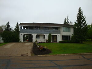 3 Bedroom home in PROVOST AB Utilities Included