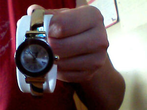 selling a woman's watch Kitchener / Waterloo Kitchener Area image 5