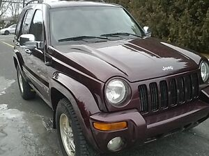2004 Jeep Liberty limited 4x4 SUNROOF AC MAGS 165000km