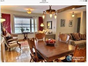 SEPT - WATERFRONT, FURNISHED ROOM FOR RENT/SHARED KITCHEN/BATH