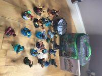 Skylanders SwapForce Wii Game with Portal, Figures & Bag