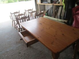 Dining room table table and 6 chairs.