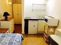 Short Bus Ride To Chiswick! Modern Bedsit with All Bills Included ,Available Immediately