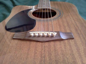 """HOHNER"" LEFTHAND ACOUSTIC/ELECTRIC CUTAWAY GUITAR with SOFTCASE West Island Greater Montréal image 3"