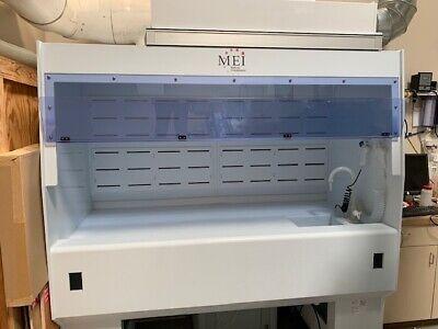 6-foot Laminar Flow Hood With Sink Hepa Filter Casters.
