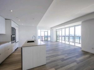 Brand New Corner 3 Bed On Top Of Lake Ontario