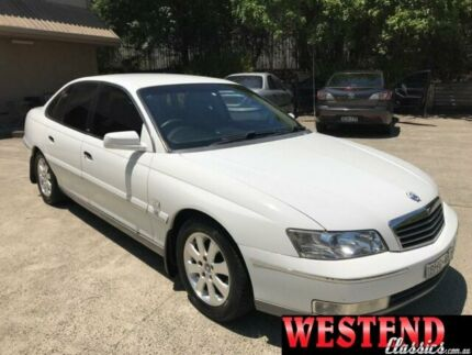2003 Holden Statesman WK V8 White 4 Speed Automatic Sedan Lisarow Gosford Area Preview